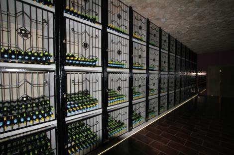 De-nissen-met-wijn