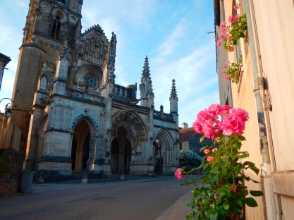St. Pere, Notre Dame