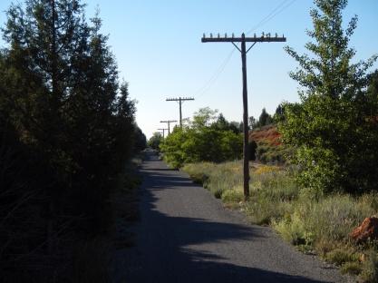 De nieuwe spoorlijn loopt naast het oude tracé